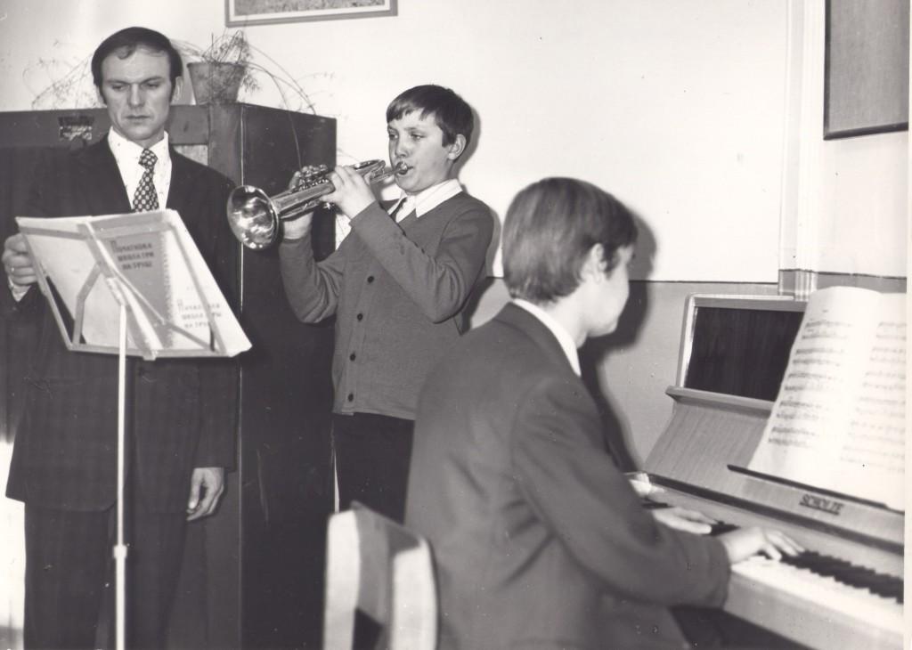 Преподаватель по классу духовых инструментов Попов Б. А.